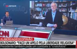Com elegância, Alexandre Garcia 'corrige' jornalista da CNN Brasil