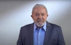 'Não vou enganar o povo mais uma vez', diz Lula da Silva