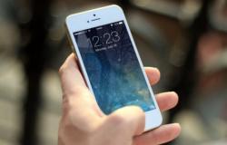 Coronavírus pode sobreviver até 28 dias em celular e dinheiro