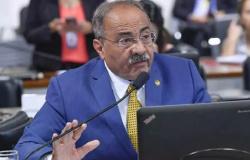 Senador 'cuecão' atuava como 'gestor paralelo' da Saúde de Roraima, diz PF