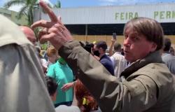 """""""Vai comprar na Venezuela"""", diz Bolsonaro após crítica de preço"""