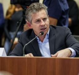 Mendes anuncia que vai repor perdas por salários escalonados