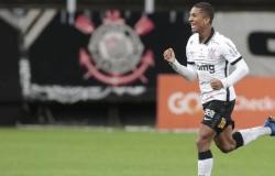 Com gol de Davó, Corinthians vence e acaba com invencibilidade do Internacional