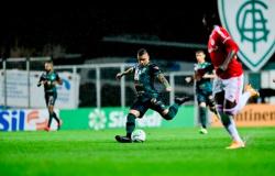 América-MG vence Inter nos pênaltis e avança para a semifinal da Copa do Brasil