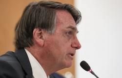 Bolsonaro faz grave alerta aos prefeitos que querem fechar o comércio: 'o governo federal não terá mais como socorrer os necessitados'