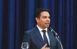 Juiz nega pedido de urgência do PT para tirar Ramagem da Abin