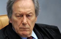 """Lewandowski manda governo federal suprir """"imediatamente"""" Manaus com oxigênio"""
