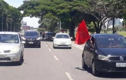 Carreatas e bicicletadas 'pelo impeachment de Bolsonaro' têm baixa adesão