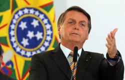 Exportação da vacina de Oxford para o Brasil mostra que a imprensa brasileira mente para derrubar governo Bolsonaro