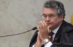 """Marco Aurélio pede substituto que seja """"à altura do Supremo"""""""