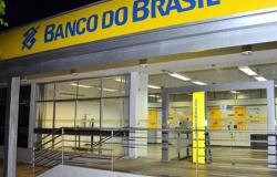 Funcionários do Banco do Brasil entram em greve
