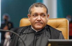 Nunes Marques analisa ação contra suspensão de atividades religiosas