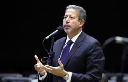 Prisão de Daniel Silveira pelo STF foi intervenção extrema, diz Arthur Lira