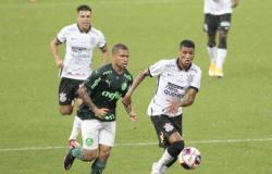Palmeiras abre dois gols, mas Corinthians arranca o empate no Derby