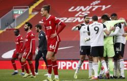 Esportes Liverpool sofre sexta derrota seguida em casa, na Premier League