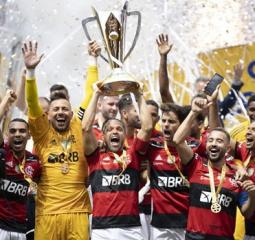 Flamengo bate o Palmeiras nos pênaltis e conquista a Supercopa