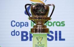 CRB vira para cima do Paysandu e se classifica na Copa do Brasil
