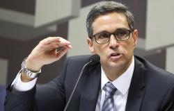 Pix pode se tornar identidade digital dos brasileiros, diz presidente do BC