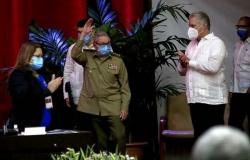 Cuba: Raul Castro se aposenta e teme 'destruição do socialismo'