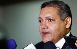 Kassio Nunes pede vista e suspende julgamento que pode anular Operação E$quema S da Lava Jato