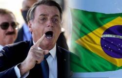 """Bolsonaro desafia governadores a pagarem auxílio de R$ 1000: """"Vocês que fecham o comércio e destroem milhões de empregos"""""""