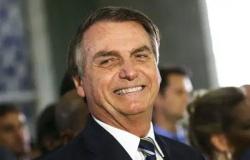 "Bolsonaro chama Renan Calheiros e Omar Aziz de ""patifões"""