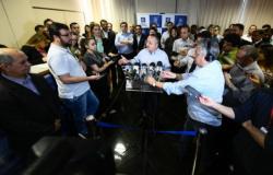"""""""O cidadão não erra"""", diz Taques em primeiro pronunciamento após derrota nas urnas"""