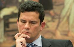Imprensa do mundo destaca que Bolsonaro deu cargo a quem prendeu rival