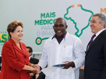 Cuba encerra participação no programa Mais Médicos após declaração de Bolsonaro