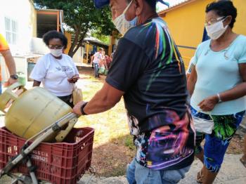 114 famílias da favela Parque Georgia, receberam a CUFA, SUPERGASBRAS e TOP GAS