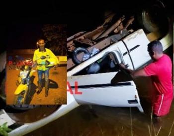 Motorista cai em rio após perder controle de caminhonete e é salvo por mototaxista