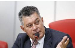 Deputado condenado e do mesmo partido será o relator do pedido de cassação de Lebrão