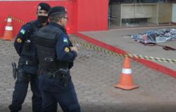Morador de rua é morto à golpes de pauladas na calçada de loja em Ouro Preto do Oeste