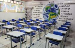 Professores rondonienses decidem neste sábado (7) se retornam à sala de aula