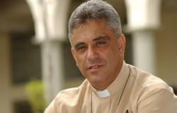 Milhares de fiéis participam de celebração que marca processo de beatificação de padre Léo