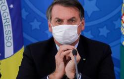 Bolsonaro sanciona nesta quarta auxílio de R$ 600 a informais