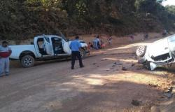 Acidente deixa 1 morto e 5 feridos na BR-174; caminhonete seguia para Tangará da Serra