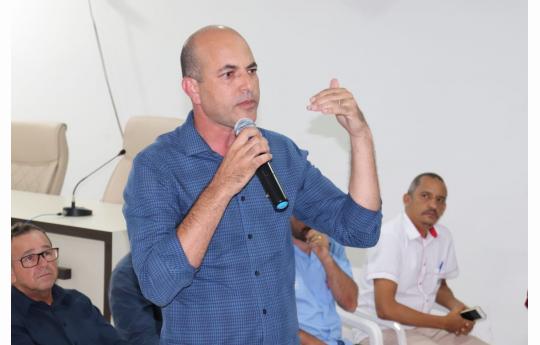 Ismael Crispin realiza reunião com vereadores de São Miguel do Guaporé