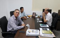 Deputado Ismael Crispin pede ponte e bueiros para São Felipe do Oeste