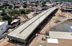 Prefeitura diz que entrega viaduto na Beira Rio este ano