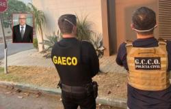 Justiça mantém afastamento e apreensão de R$ 60 mil de ex-procurador de Cuiabá