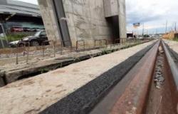Governador quer enfiar 'goela abaixo' o BRT, acusa Emanuel
