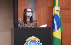 Deputada evita se pronunciar sobre suspeita de agressão de vice contra esposa