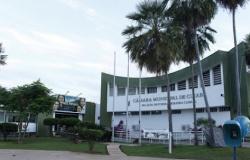 Câmara Minicipal de Cuiabá informa pedido de exoneração