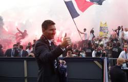 Messi diz que sonha em dar 1º troféu da Liga dos Campeões ao PSG