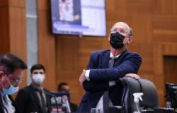 """Deputado cassado por """"caixa 2"""" tem contas de campanha reprovadas em MT"""