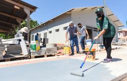 Mutirão reúne voluntários para conclusão das obras da nova sede da AMA