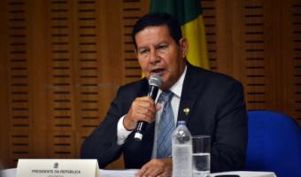 Mourão diz que Ernesto Araújo pode deixar o Ministério