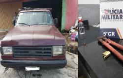 Policiais recuperam veículos de inventário e prendem suspeito