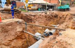 Obra de pavimentação do bairro Jardim Vitória é retomada pela Prefeitura de Cuiabá